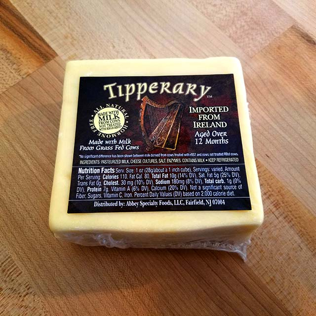 Tipperary Irish Cheddar (10 oz. avg.)