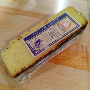 Barely Buzzed Beehive Cheese (4 oz.)
